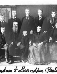 Hans and Aase Paulson family, ca 1891.